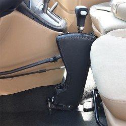 جهاز قيادة للسيارة ايطالي